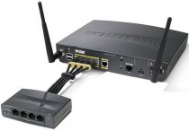 Модуль CISCO питания 4 Port 802.3af capable pwr module for 890 Series Router (800-IL-PM-4=)